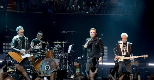 Група U2 оглави класацията на списание