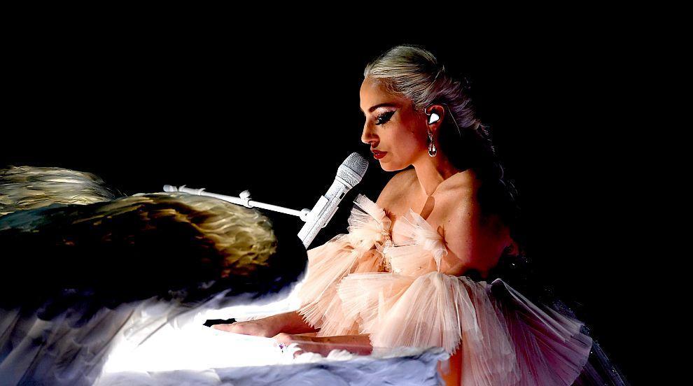 Само една дама в Топ 10 на най-високоплатените музиканти (СНИМКИ)