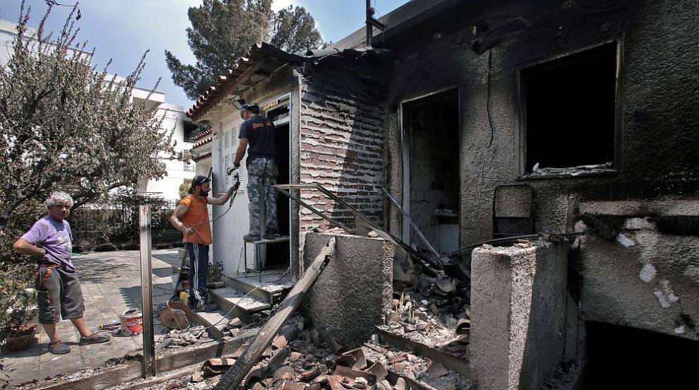 Първа оставка в Гърция заради смъртоносните пожари