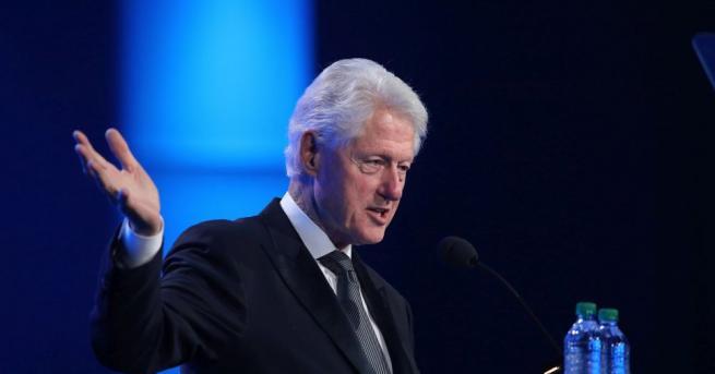 Бившият американски президент Бил Клинтън призова света да не се