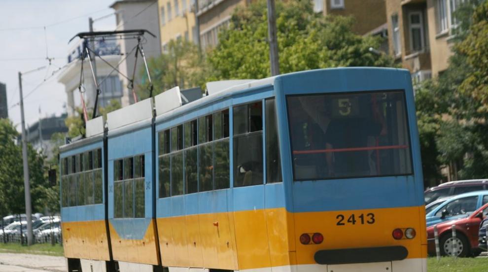 Променят маршрутите на трамваи 11 и 12 заради ремонт