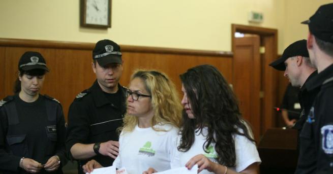 След края на днешното заседание съдът пусна Десислава Иванчева и
