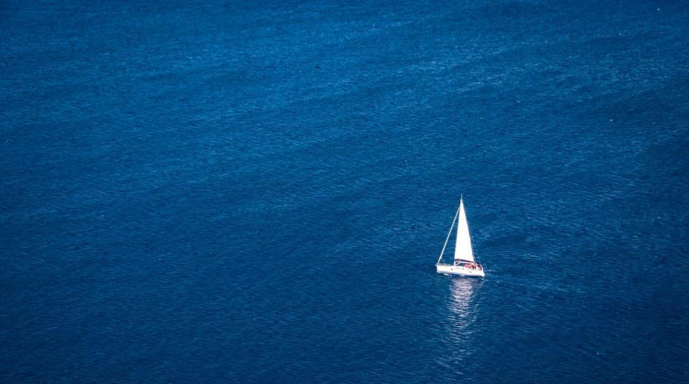 Американец се загубил в Берингово море, доплувал до Чукотка