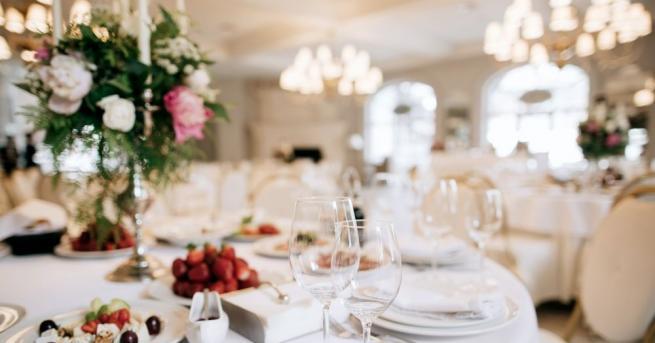 Своеобразен сватбен рекорд ще отбележи Казанлък на 18 август, става
