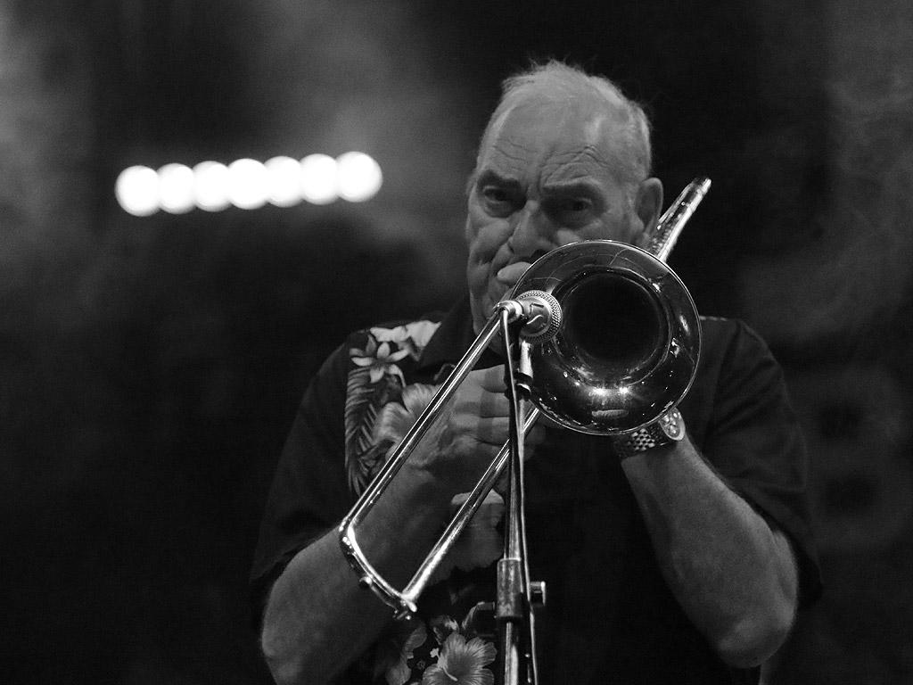 Jazzbones Германия