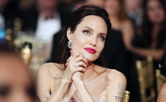 Анджелина Джоли: Брад Пит не плаща достатъчно за децата
