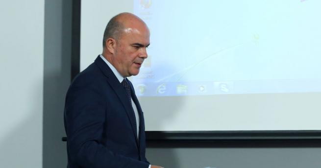 Новият проект за Закон за социалните услуги предвижда да се