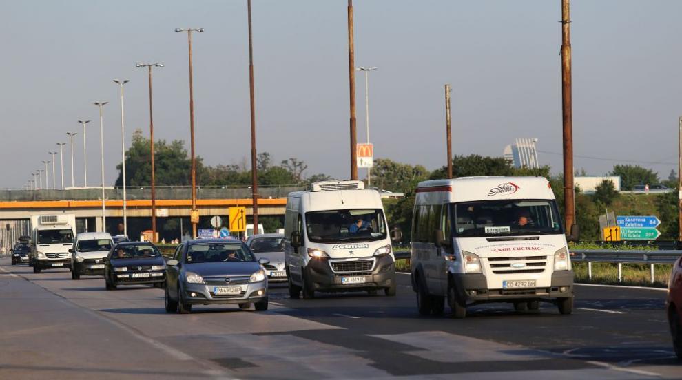 Без автомобили в централна част на София за шест часа