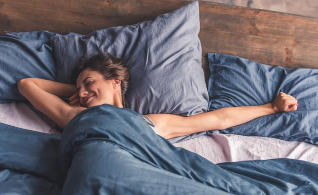 Защо жените се нуждаят от повече сън, отколкото мъжете
