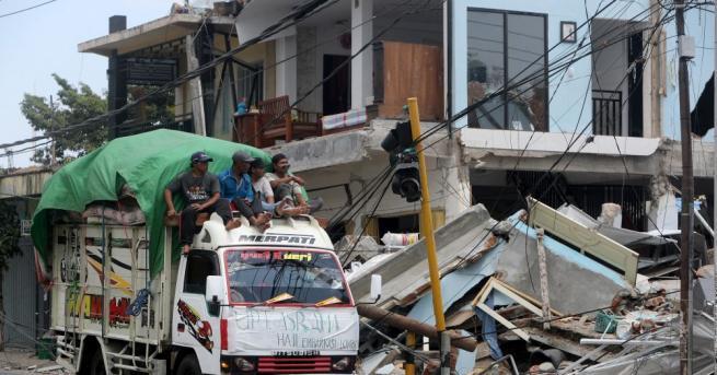 На 387 души нарасна броят на загиналите при силното земетресение