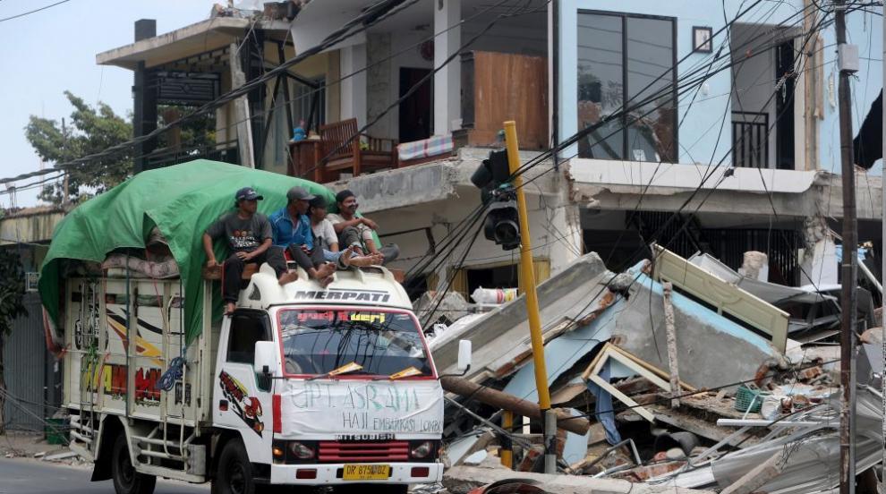 Жертвите на земетресението в Индонезия миналия уикенд станаха 387