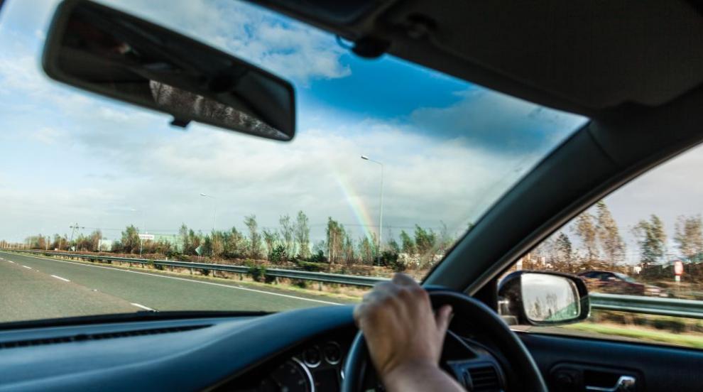 Властта се похвали, че се е справила с купуването на шофьорски изпити на...