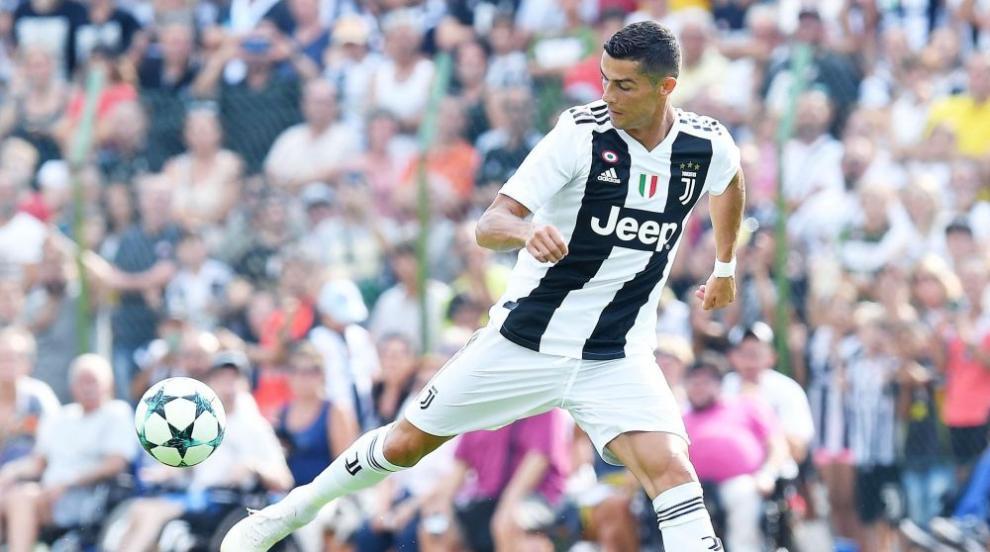 Само за седем минути Роналдо разписа дебюта си за Ювентус (СНИМКИ/ВИДЕО)