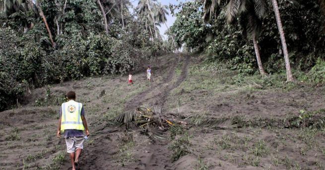 Вануату, архипелажна държава в югозападната част на Тихия океан, евакуира