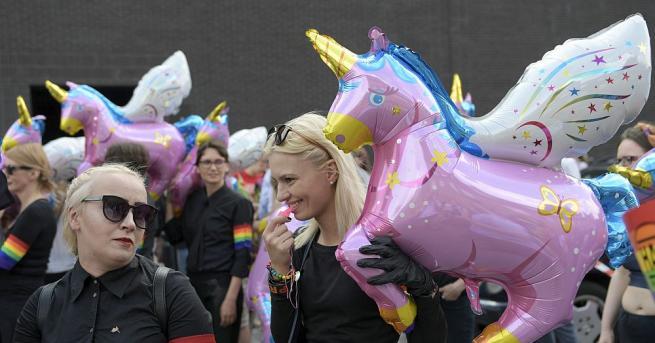Полският министър на отбраната Мариуш Блашчак нарече участниците в гей