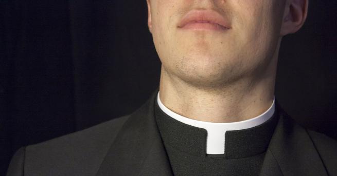 Ватиканът заяви, че изпитва срам и тъга, след като съдебни