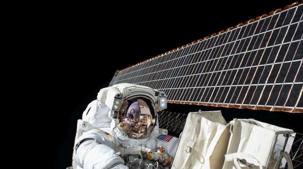 Приключение за избрани: Осем часа в Космоса (ВИДЕО)