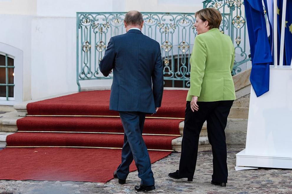 Руският президент Владимир Путин и канцлерката на Германия Ангела Меркел