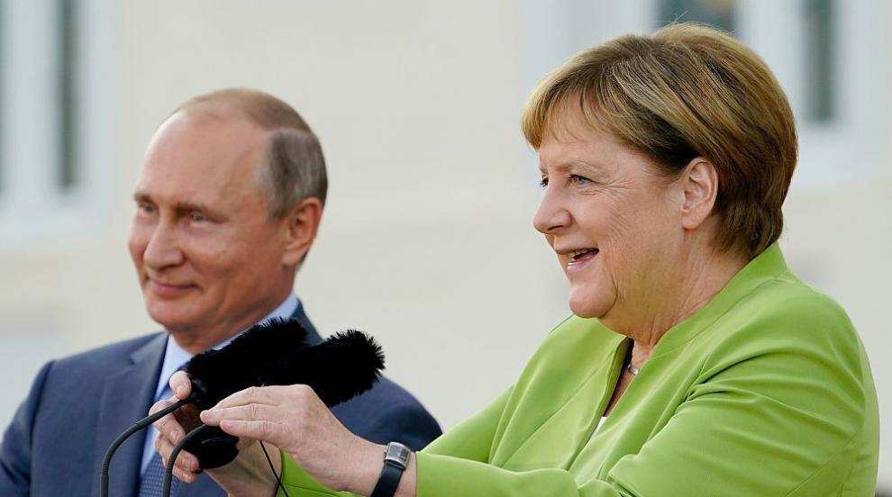 Какво важно си казаха Меркел и Путин?