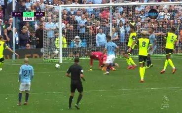 Безобразна вратарска грешка доведе до трети гол за Сити