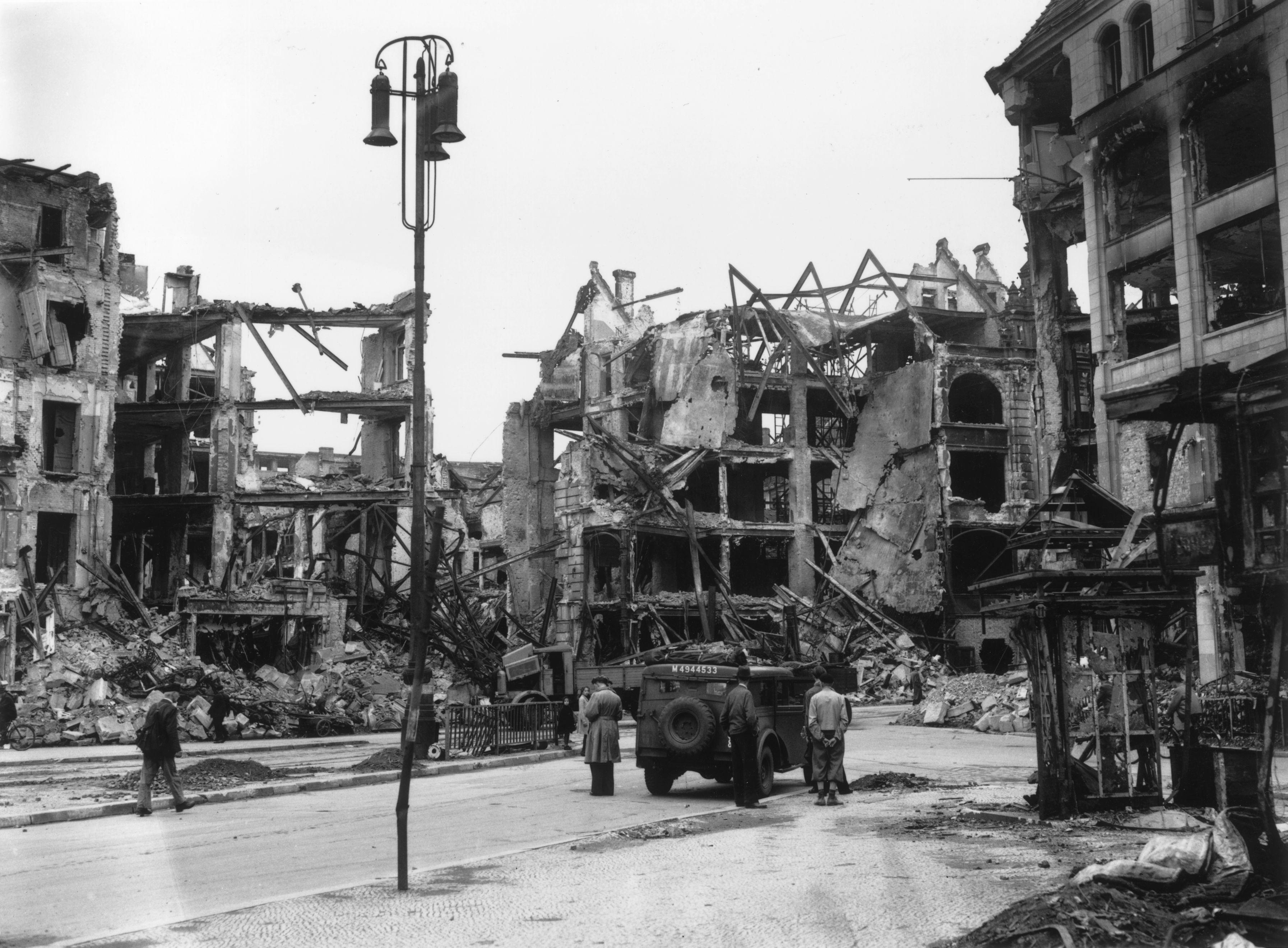 След бомбардировките през Втората световна война