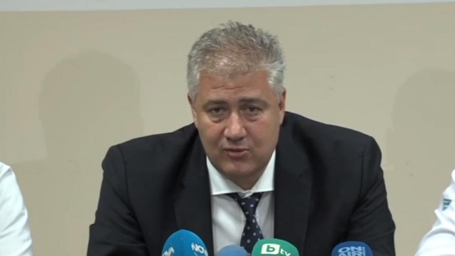 Проф.Балтов: Президентът Радев трябва да е под карантина, въпреки отрицателния тест