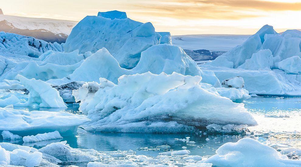 За първи път в историята: Разпада се най-силният лед в най-студената част на...