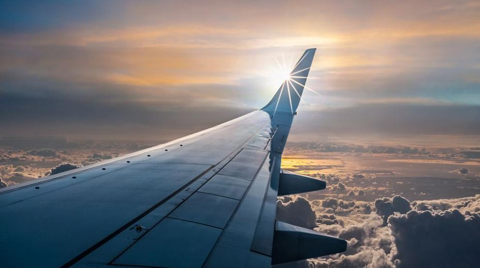 Малък самолет се разби при кацане в Балчик, пилотът е загинал (ВИДЕО)