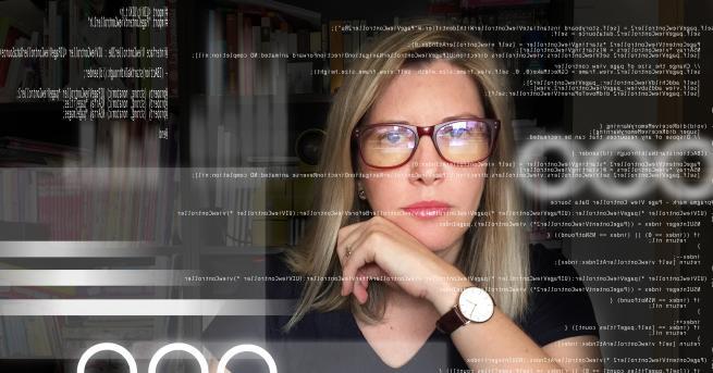 """Стефани Карутърс е хакер """"бяла шапка"""", известна като Сноу (Snow),"""