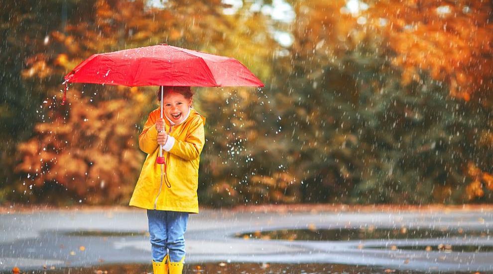 Дъжд и сериозно застудяване ни чакат през новата седмица