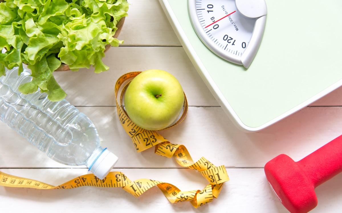 <p><strong>Ще качите килограми</strong></p>  <p>Сладоледът е една от храните, които ни карат да се усмихваме, докато ги ядем. Но усмивките, предизвикани от сладолед всеки ден, могат да доведат до затлъстяване, диабет и проблеми със сърцето. Десетки проучвания свързват високата консумация на захар с наддаването на тегло.</p>