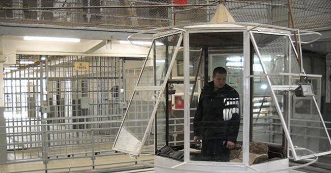 Снимка: Затворник нападна надзирател в затвора във Варна