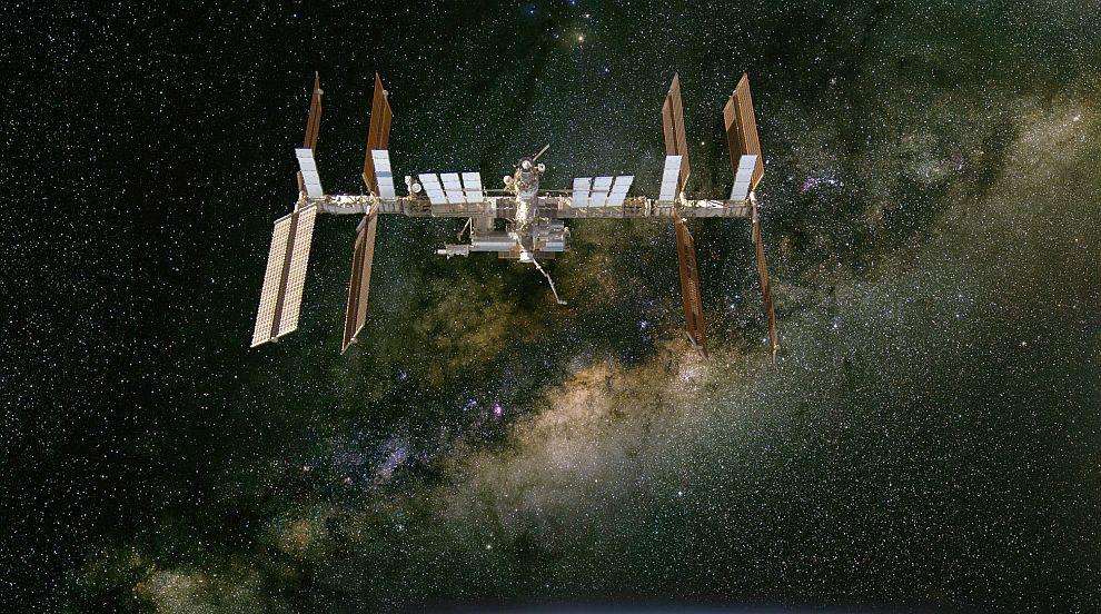 Как спирането на полети до МКС ще се отрази на космическия екипаж? (ВИДЕО)
