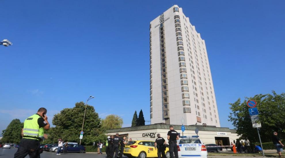 10 арестувани при спецакция в офиси в големи хотели в София и Пловдив (ВИДЕО)
