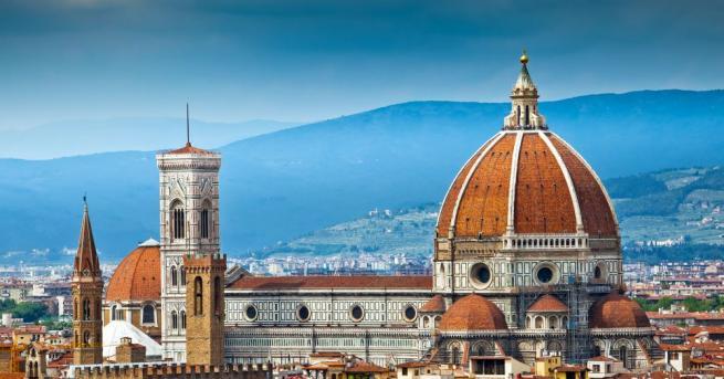 Италианският град Флоренция, който е магнит за туристите, ще налага