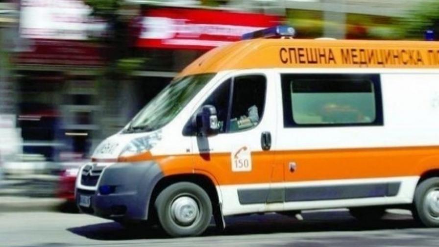 Дете падна от четвъртия етаж на блок в Бургас
