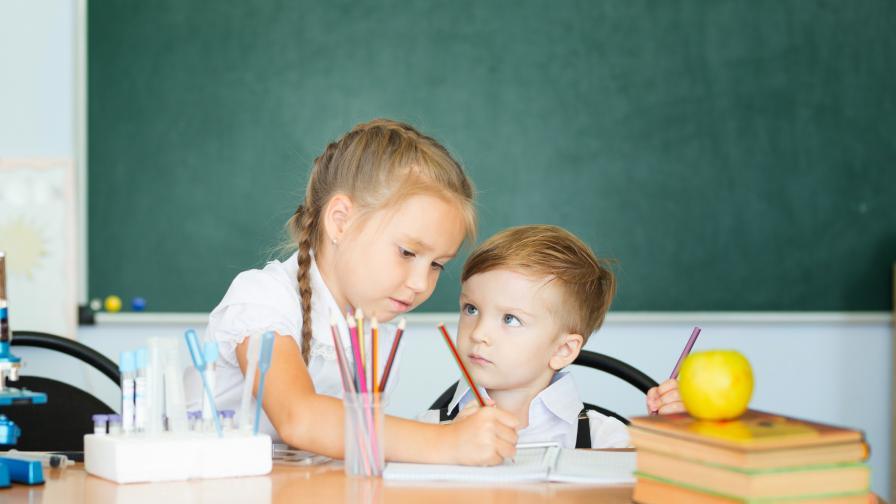 <p>7 начина да помогнете на детето в първия учебен ден</p>