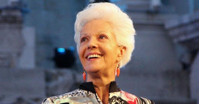 Оперната прима Райна Кабаиванска получи наградата с името на легендарното