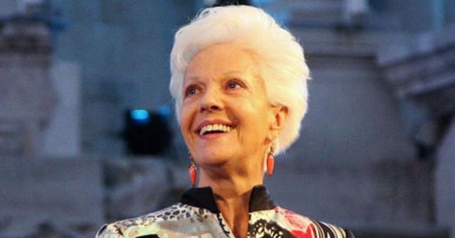 Райна Кабаиванска празнува своя 85-и рожден ден ден. Тя е