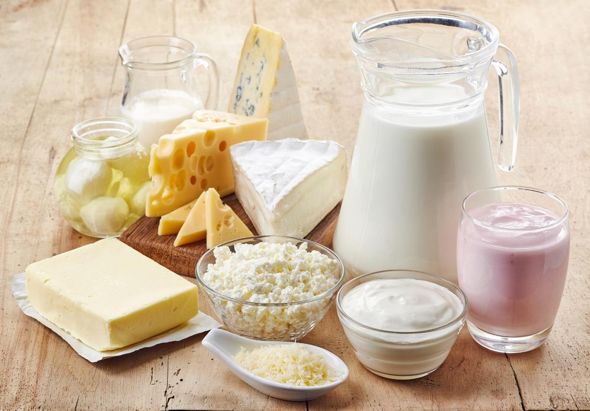 Избираме обезмаслени продукти. На практика, те са минали толкова много обработка, че полезните им вещества са сведени до почти никакви.