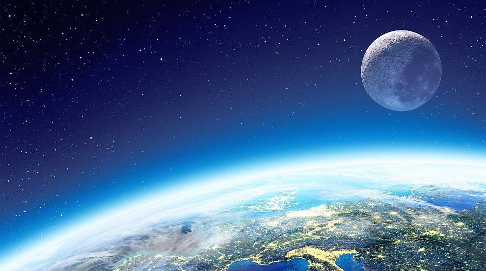 Китай с първа пилотирана мисия до Луната в следващите 10 години