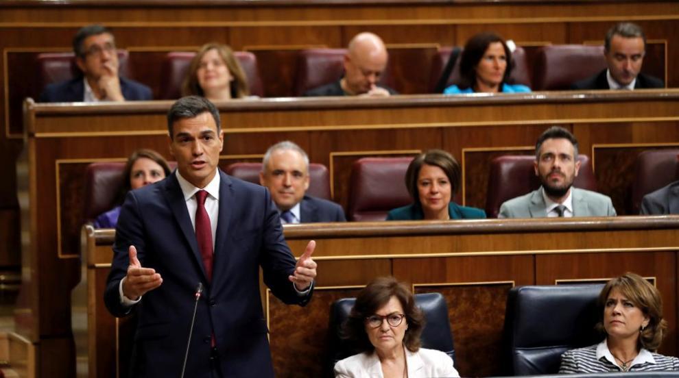 Дисертацията на испанския премиер Санчес издържа тест за плагиатство