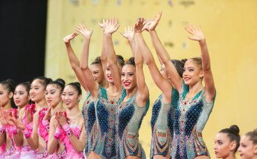 Ансамбълът, Тасева и Владинова отиват на грандиозно събитие в Испания