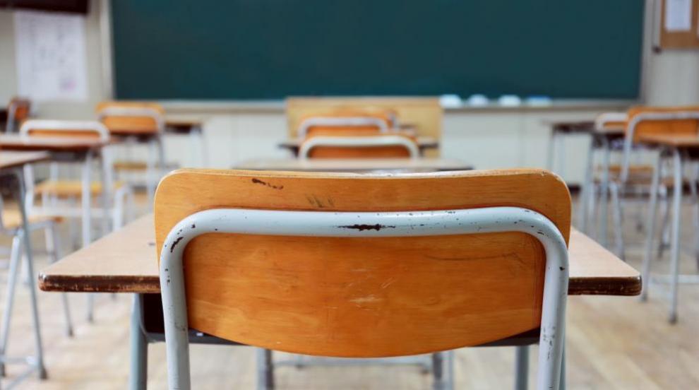 11-годишен ученик удари учител и инсценира, че преподавателят го е бил