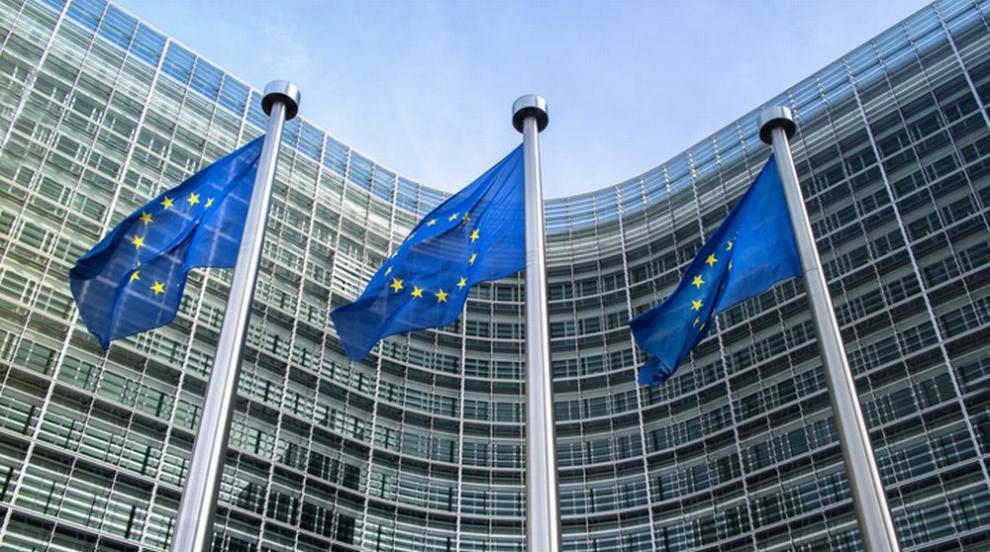 България ще получи от ЕК 15 млрд. евро за ликвидиране...