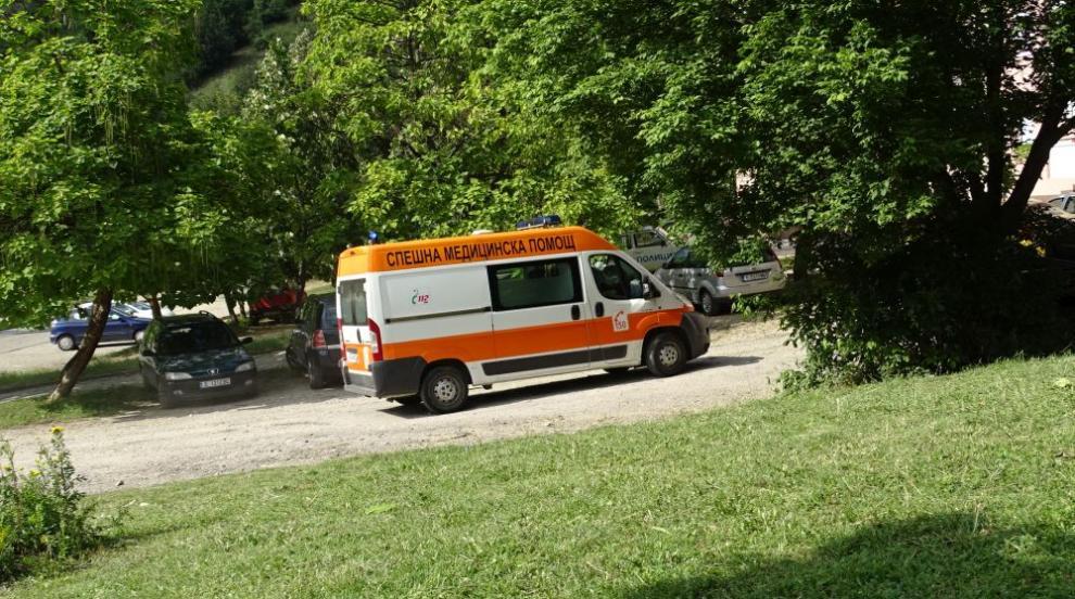 Автобус блъсна майка с количка на пешеходна пътека в Пловдив