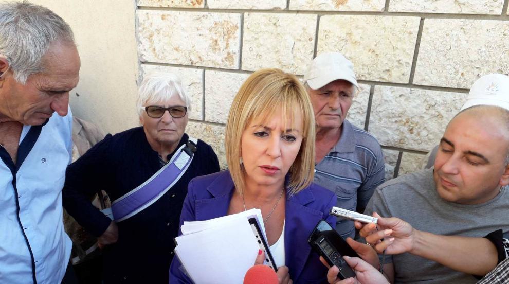 Мая Манолова: Ще дам на съд кмета на Хитрино