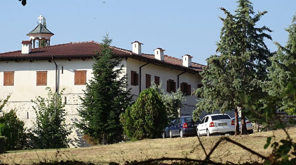 Разкриха подробности за нападението в Роженския манастир (ОБЗОР)
