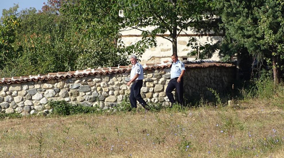 Вече има задържани за дръзкото нападение в Роженския манастир