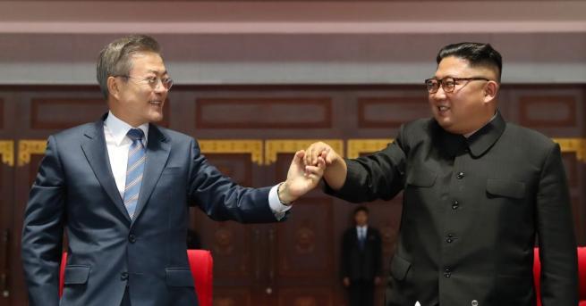 Президентът на Южна Корея Мун Дже-ин каза при завръщането си